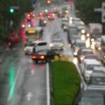 バイク通勤 雨の日には長靴、リストバンドに反射ベスト